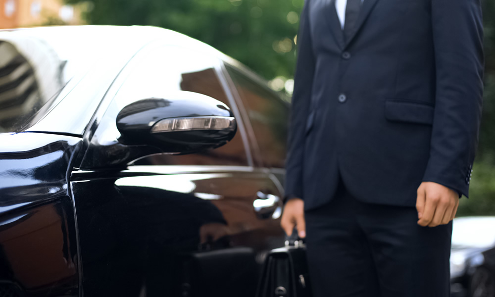 Airport transfers from Maple Executive Cars
